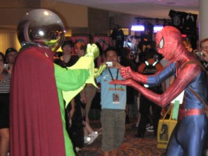 Mysterio at DragonCon 2010 with Spider-Man