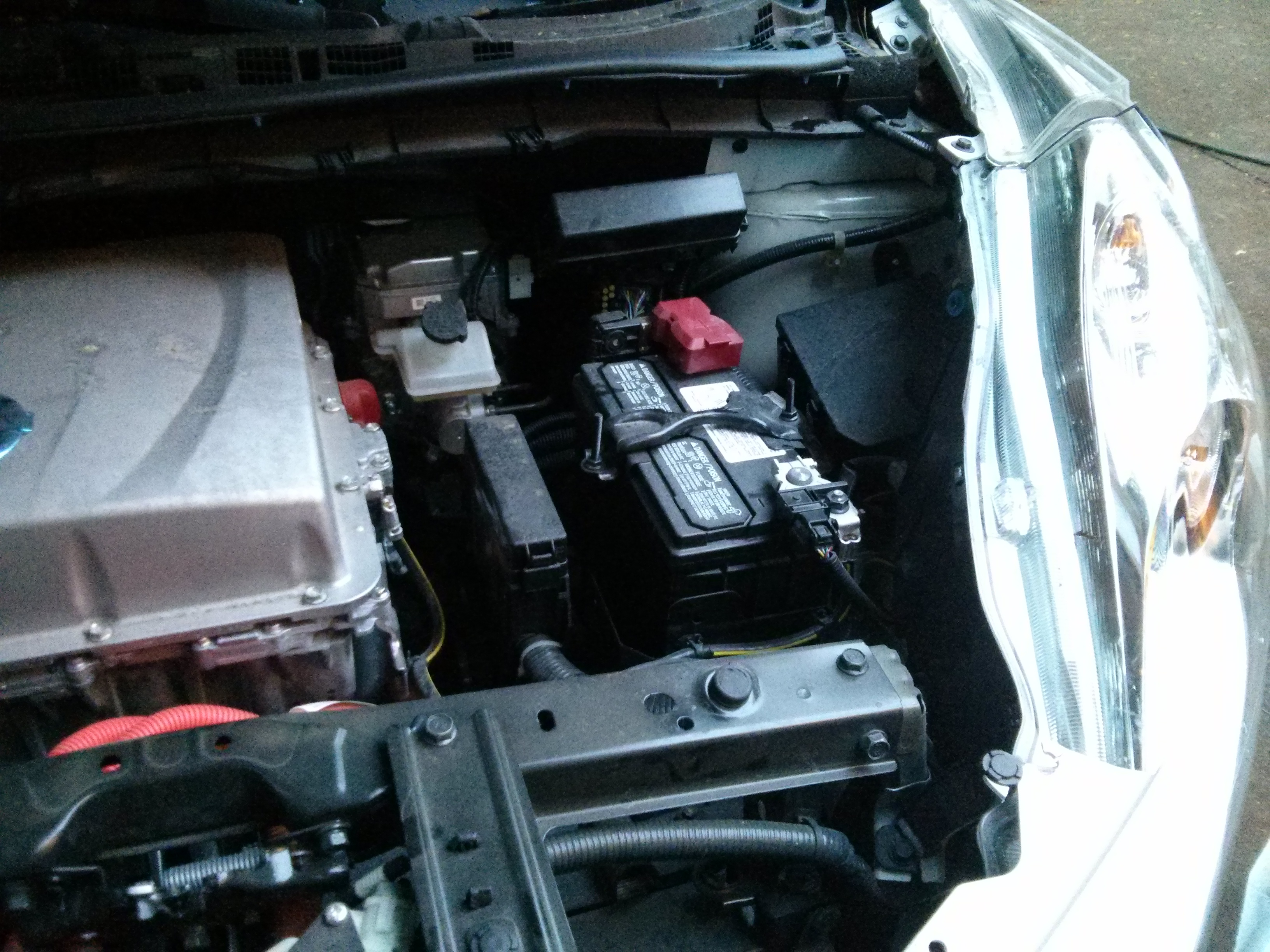 How To Drop A Nissan Leaf Battery Pack Without An Auto Lift Engine Diagram 12v Accessory