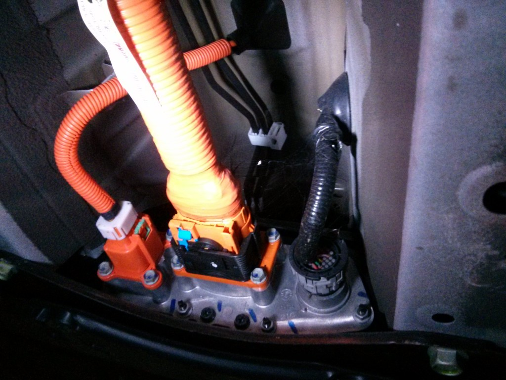 cabin_heater_HVcable_CAN_bus